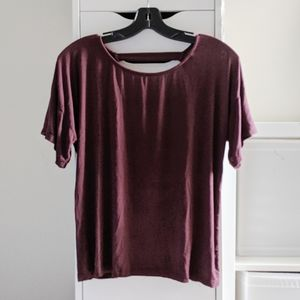 BRANDY MELVILLE | MAROON TEE WITH CUTOUT BACK TOP